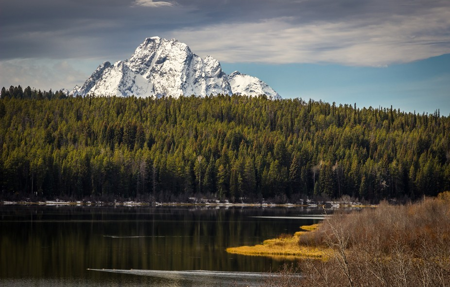 Deep in bear and wolf country lies the secluded body of water named Two Ocean Lake. Astounding vi...
