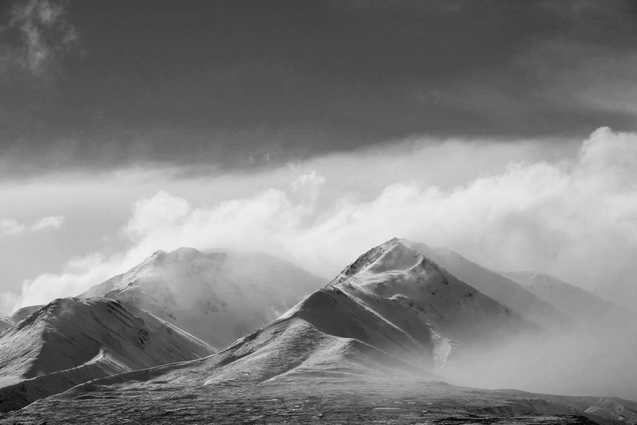 Taken near Methven, New Zealand after one of the first snows of winter.  Taken with a Canon 1100D...