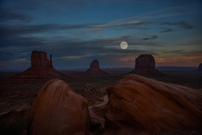 Monument Moon  by mcampi - The Moonlight Photo Contest
