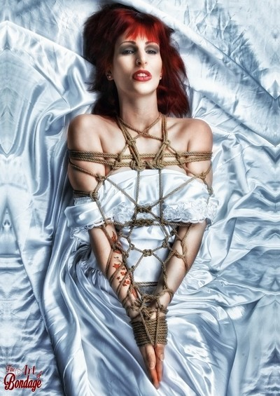 Beauty of Rope V - Calendar 2017 - Fine Art of Bondage