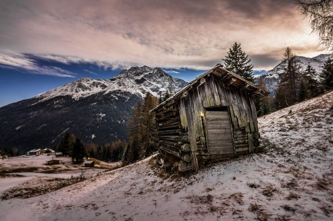 Pettneu Hütte by PF-pics - Isolated Cabins Photo Contest