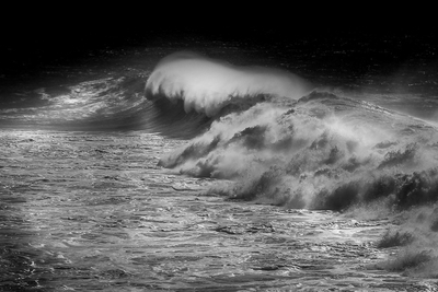 Power of Waves B+W