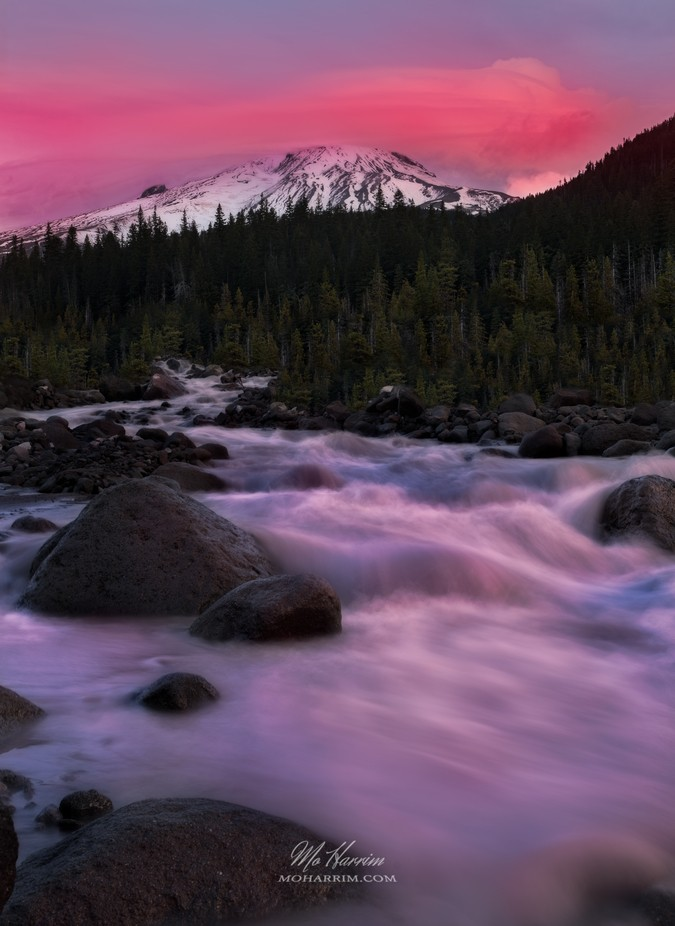 Sunset scene of Mount Hood, Oregon