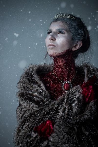 LensLifePhoto-CrimsonQueen