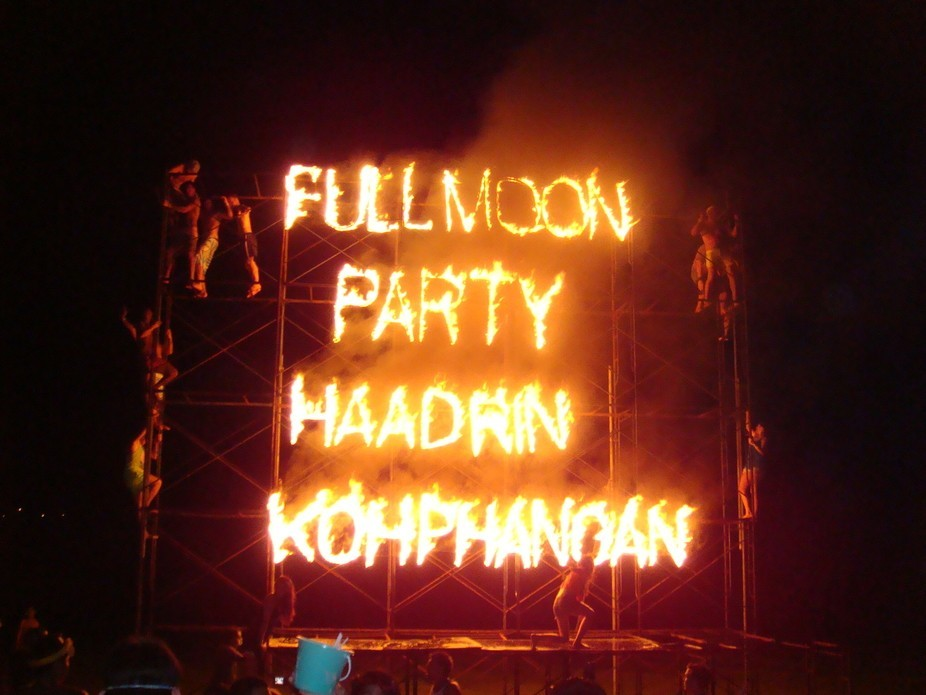 full moon party.... the best beach party....