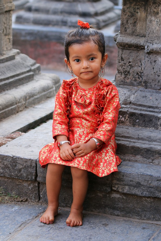 I found this three-year old in the Swayamhunath temple in Kathmandu. Was she cute. I sent my wife an SMS to say I had fallen in love with a younger woman!