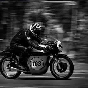 Andrew Kidd's Manx Norton in full flight at the 2016 Cemetery Circuit, Whanganui, New Zealand.