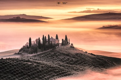 Sunrise in Val D'Orcia