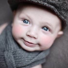 When you're winter ready with matching hat and scarf, that smile shows how youre feeling :)