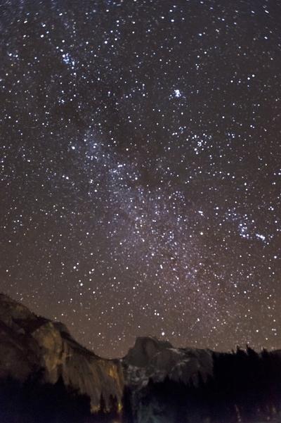 Milky_Way_Half_Dome_1