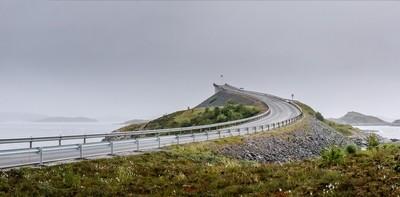 Rainy day on Atlantic Road