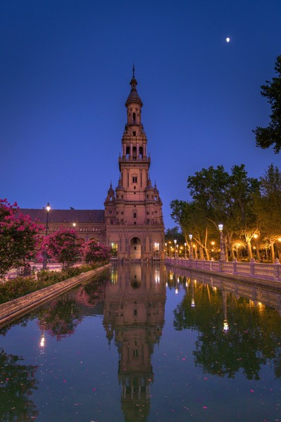Blue Hour at Plaza Espana