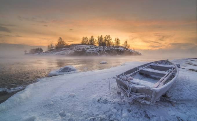 Ice World  by Richard-Beresford-Harris - Rule Of Thirds Photo Contest v3