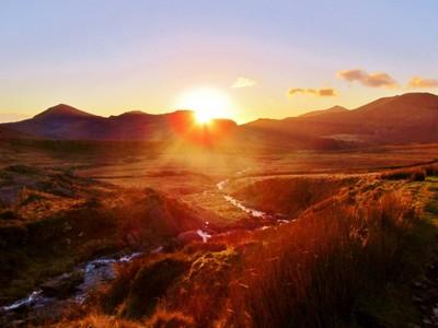 Snowdonia sunset in the valleys