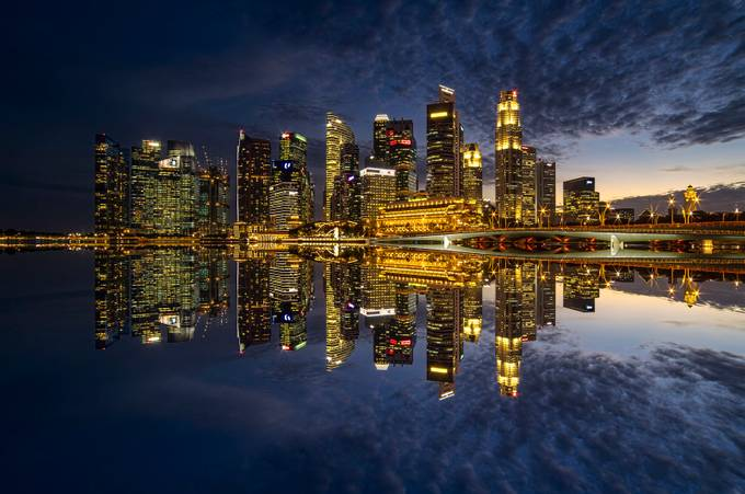Shenton Way Blue Hour by GkCM - Compositions 101 Photo Contest vol3