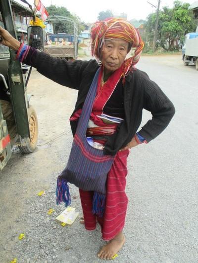Paloung woman