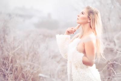 Saxegaard Model: Michelle Wick