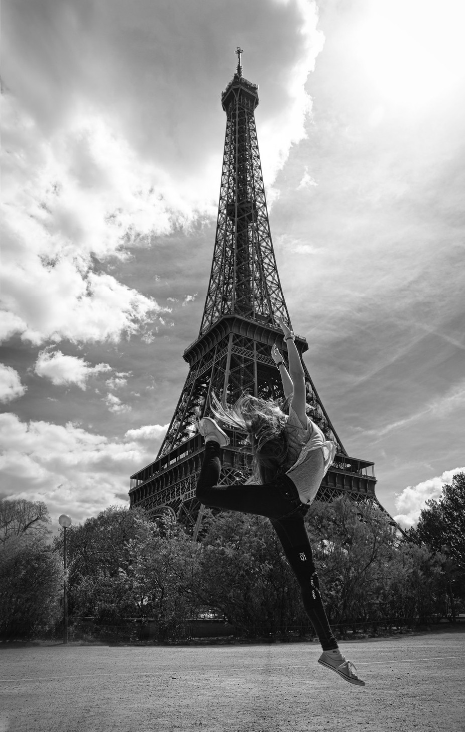 4Z4A0025 A BW by MicheleBollhalder - Paris Photo Contest