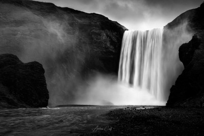 The legendary waterfall