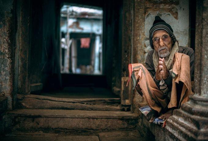 Namaste by Ethos - The Urban Shooter Photo Contest