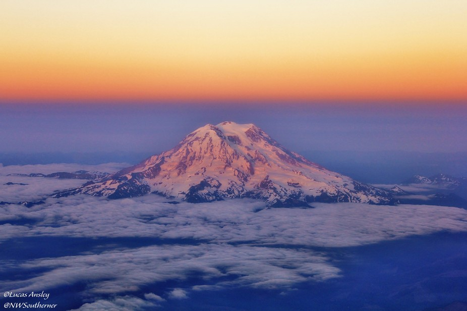 Washington State's tallest mountain, standing out in the evening twilight...from 15,000f...