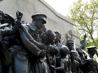 """Newcastle, """"The Repsonse"""" WWI, Memorial, I"""