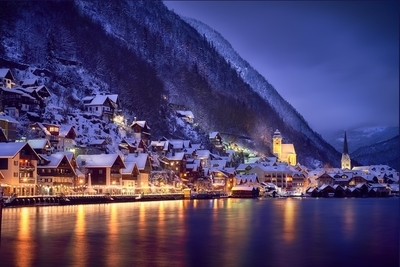 Winter night in Hallstatt