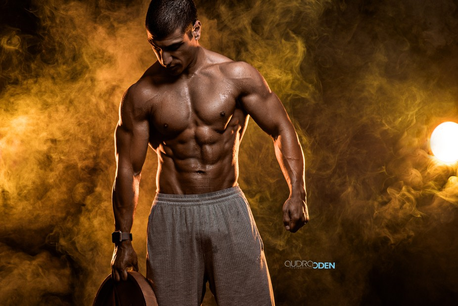 Bo is a men's physique competitor as well as a full time student. This was shot a few da...