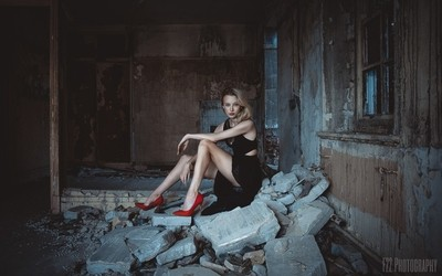 Elegance in abandonment
