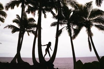 A mermaid finding her legs. // Old Hawai'i