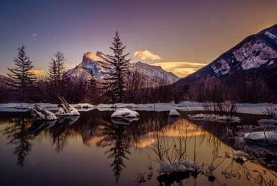 Winter Sunrise at Vermillion Lakes