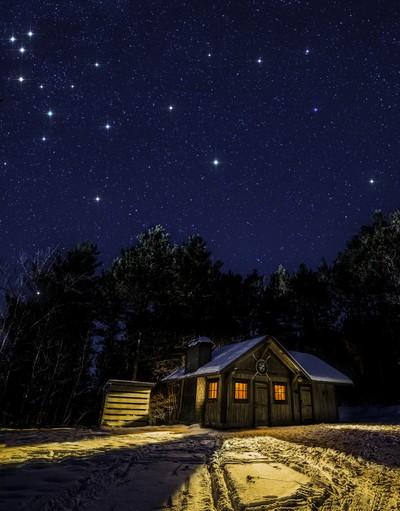 Starry Night Cabin