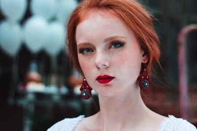 Red head bride