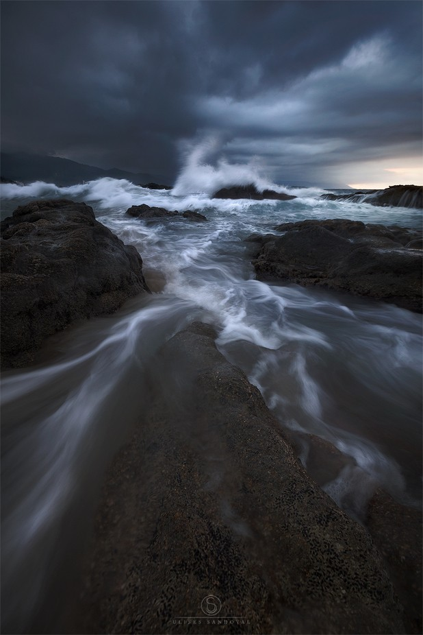 Roar of the sea by ulisessandoval - Streams In Nature Photo Contest