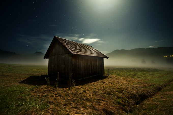 devius by bernhardgeier - Isolated Cabins Photo Contest