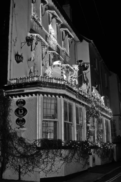 Local Maritime Inn xmas lights