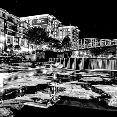 Reedy After Dark b&w