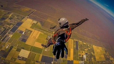 Stand Up Skyjumper
