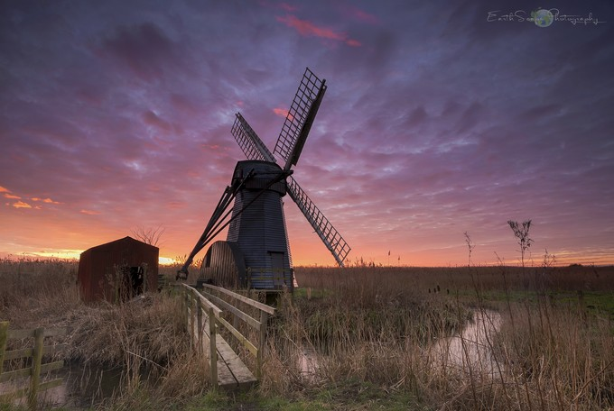Herringsfleet smock mill by EarthScape - Image Of The Month Photo Contest Vol 18