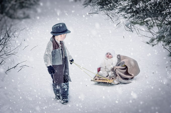 Going for a sleigh-ride. by JAStandring - Family In The Holidays Photo Contest