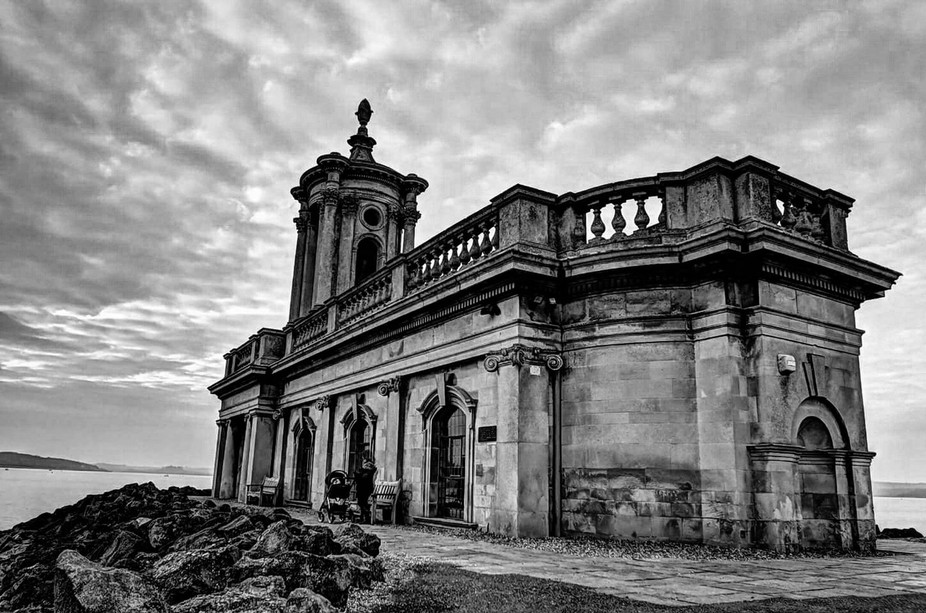 This is a black and white HDR shot I took at my last visit to rutland water