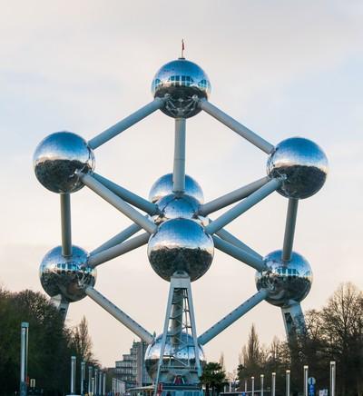 Atomium -Balls of Steel