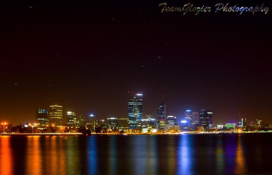 Perth city, Southperth foreshore Western Australia.  Canon 60D 17-40 L series lense, ISO 200, f/ ...