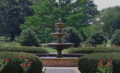 Waterfountain at Botanical Gardens in Memphis