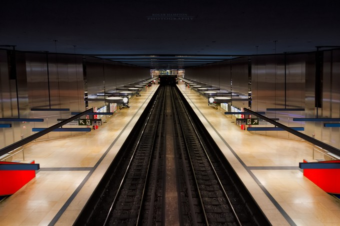 OEZ 1 - Down the line by rogerhampton - Metro Stations Photo Contest
