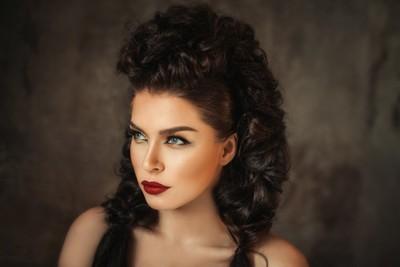Yana | Liliya Nazarova