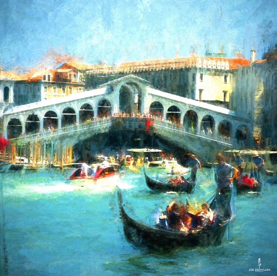 Rialto Bridge in Venice (Italy)