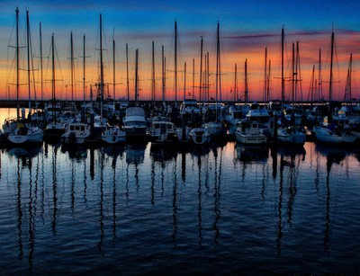 Dawn HMB Harbor 20170130  #035 of 365 The camera was pointing about 120 degrees away from where the sun would rise.