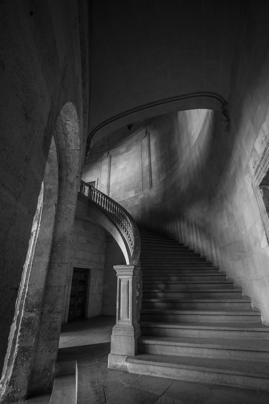 esc by jaimemss - Black And White Architecture Photo Contest