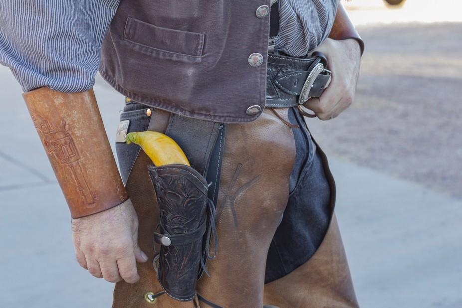 """Gunslinger says; """"Gonna meet at high noon and peel my banana!"""""""